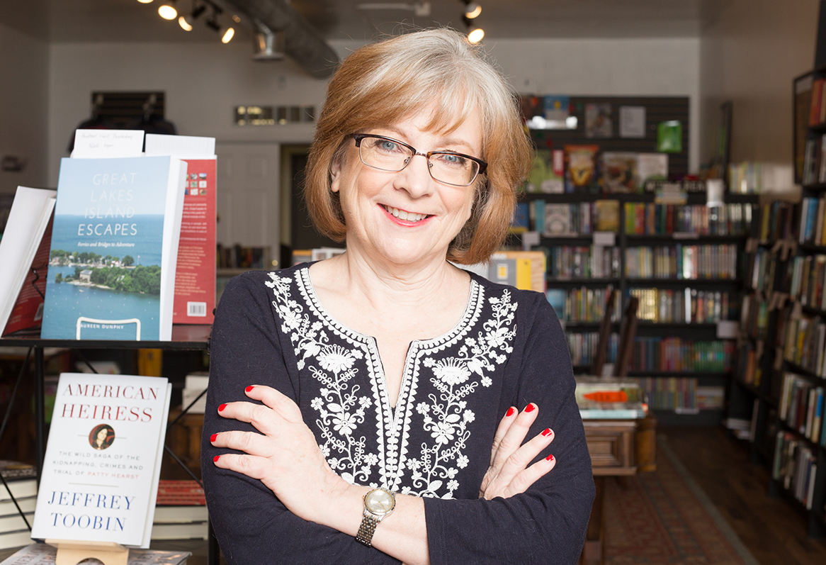 susan-murphy-pages-bookstore